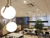 https://iishuusyoku.com/image/2019年3月に移転した新オフィスは神保町駅からすぐ。リフレッシュルームもあり、スタイリッシュなオフィスで快適に働いていただけます。