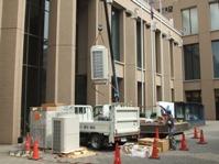 明治大学の全てのキャンパスの給水工事に携わっています。写真は御茶ノ水のリバティタワーの工事の様子です。