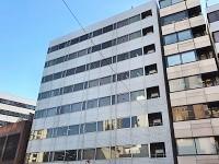 https://iishuusyoku.com/image/オフィスは都営新宿線で新宿から2つ目の「曙橋」駅からすぐ。駅近・通勤便利な立地も嬉しいですね。
