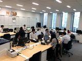 https://iishuusyoku.com/image/社内での開発のため、いつでも先輩に質問できる環境があります。入社後にわからないことがあれば、先輩エンジニアになんでも聞いてくださいね。