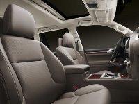 レクサス・RAV4・ハリアー・プラド・カローラといった、トヨタ自動車の座席用シートカバーを製造しています。最終的に自ら携わったシートが多くの人の目に触れることもやりがいの1つに繋がります。