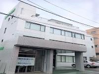 https://iishuusyoku.com/image/横浜市にある本社ビルです。同社のグループ会社も入っており、決起集会や忘年会等で関わる機会が多くありますよ!