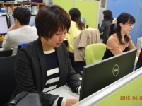 https://iishuusyoku.com/image/社内の風景です。同じ職種の先輩たちが、実務を通じてしっかり業務を教えてくれるので安心です!
