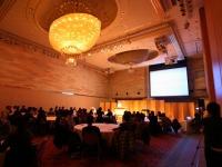 https://iishuusyoku.com/image/年末には全社で活躍した社員を表彰する納会がホテルで開催されます!