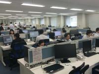http://iishuusyoku.com/image/男女問わず、働きやすい環境が整っています!現在も育児休業中の社員がいたり、育児休業終了後、復職してフルタイムで働いている社員や、 時短勤務で働いている社員もいます!