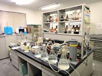 徹底した現場調査や分析により、臭気発生状況に応じた悪臭ガス処理装置の技術開発・設計・施工を行っています。