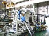 大型の射出成形機を得意としています。同社の成形機は、国内自動車メーカーや、産業資材メーカー、家電メーカーに供給されています。