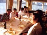 https://iishuusyoku.com/image/社員全員で東京湾クルージング!キレイな景色を見ると日頃の疲れも癒されますよね!