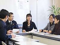 個人での仕事はもちろんですが、チーム意識を大切にして業務に取り組んでいます。