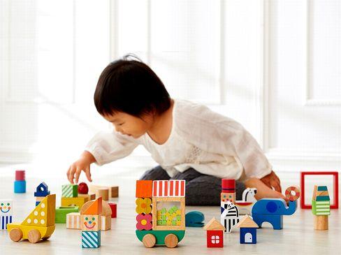 子ども達の未来を見つめ彼等の成長に貢献することを願うグローバル企業です。木製知育玩具のシェアで国内トップクラスを誇る同社は、大手企業との取引も多く、信用は高いです。