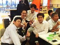 https://iishuusyoku.com/image/チーム対抗戦のボーリング大会!チーム戦なので、個人のスコアは関係なし!わいわい盛り上がる楽しい大会です!