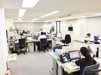 http://iishuusyoku.com/image/オフィスはJR川崎駅から5分で、通勤に便利!社内の雰囲気は、明るくアットホームです。
