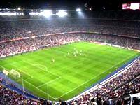 サッカーW杯で使用された横浜のスタジアムの環境関連設備も同社が提供しました!私たちの身の回りのビルにも、同社の実績がたくさん!