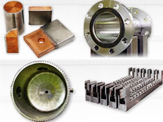 高耐食金属を使用した表面処理機器や化学工業用機器をメインに扱うメーカーです。「チタンケース」という表面処理機器を世界で初めて世に送り出し、業界で圧倒的な存在感を放っています。