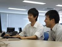 https://iishuusyoku.com/image/文系出身の方も多数います!勉強していく意志があれば、入社してから技術は後からついてきます。技術と同じくらいコミュニケーションの力が求められています!
