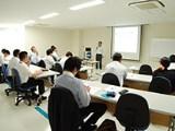 http://iishuusyoku.com/image/眼科医療の最前線に携わり得られた情報・製品への要望は常に製品にフィードバックし、よりよい製品づくりに向けて努力しています。