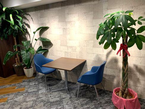 「オフィス仲介を通じて、お客様の働く空間にプラスαの価値を創造し、日本中に豊かで幸福なビジネスライフを拡げていく」という創業以来のビジョンを掲げています。