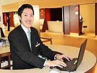https://iishuusyoku.com/image/ホテルの顔として様々なゲストの接客をすることから事務系の仕事ではなかなか体験できないホテルの「現場」ならではの面白さが魅力です。