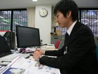 海外事業部の先輩社員。「グローバルに活躍したい!」もちろんそんな方も大歓迎で、活躍の機会が同社にはあります。