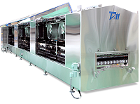 一度に大量の食品を冷凍する際に使用される、連続急速冷凍・冷凍装置。同社はこの装置のパイオニアでありながら市場シェア50%以上をもつトップメーカーです。