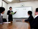 https://iishuusyoku.com/image/社内の様子です。いい就職プラザから未経験で入社し、現在も活躍中の先輩営業マンもいらっしゃいます。