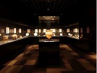 """国立博物館や美術館の展示物を最もきれいに見せる光を考え作る""""光のプロフェッショナル""""集団です!"""
