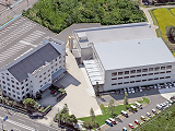 https://iishuusyoku.com/image/こちらが実際に勤務していただく豊田工場です。車での通勤も可なので、とても便利です。最寄り駅からの送迎もあります。