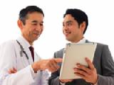 https://iishuusyoku.com/image/ドクターと深い関係性を築くには長期的に接していかなくてはなりません。「あなただから買いたい」そう言ってもらえるような営業マンを目指しましょう。