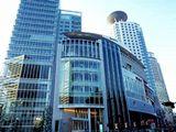 https://iishuusyoku.com/image/勤務地となる大阪本社の外観です。人気の梅田エリアで、複数路線の駅から近く通勤にもとても便利です。