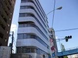 人気の「白金高輪」駅から徒歩5分のキレイなオフィスビル!あの有名な交差点に社屋はあります!