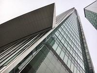 https://iishuusyoku.com/image/虎ノ門ヒルズ森タワーにある同社グループのオフィス。5フロア(11階〜15階)を占める5000坪の広々としたオフィス環境です。