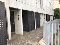 https://iishuusyoku.com/image/神楽坂にあるオフィス。百貨店のバイヤーと協働で、ヒット商品となる商品を企画するオフィスは『工房』のようなもの。