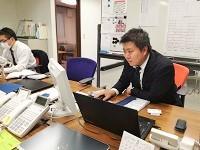 http://iishuusyoku.com/image/個性あふれる先輩が揃います。みんな優しい先輩たちなので、未経験の方でも安心してくださいね。