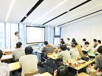 http://iishuusyoku.com/image/勉強会やセミナーなども実施し、社員の成長を積極的にサポート。資格取得一時金など、社員のスキルアップも応援!