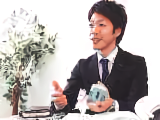 https://iishuusyoku.com/image/メーカーでは通常、ひとつの製品は分業体制で作られます。 しかし同社では、一人の社員が任されて全体に関わる。 それが仕事の面白さにつながります。