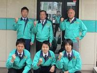 https://iishuusyoku.com/image/本社では100名以上の社員が勤務していますが、配属先は少数のチームでアットホームな雰囲気ですので、きっとすぐに馴染めるでしょう。