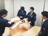 https://iishuusyoku.com/image/大きさ・強度・素材など、クライアントの細かなニーズに適切に対応した商品の生産を行っています。製品への問題が発生したら自社試験室にて製品の実験・点検を行い、重大な事故が起こる前に改良を行っています。