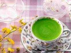 https://iishuusyoku.com/image/ドリップ式で入れたお茶。「お味は・・・?、飲んでみてのお楽しみです。」