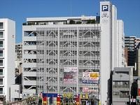 https://iishuusyoku.com/image/平塚駅前の立地に構えるK社のオフィスビル。同社の運営する店舗も同ビルの中にあります。