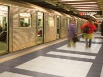 自ら手掛けた商品が、駅の構内や話題の商業施設など、多くの人が利用するスペースを彩ります!