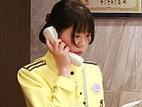 https://iishuusyoku.com/image/電話での予約受付も日々の重要な業務です。ホテルスタッフとしてのマナーは研修でしっかりと教えますので、未経験でも安心してくださいね。