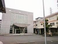 https://iishuusyoku.com/image/グループ全体の社員数は600名以上。横浜にある事業所は学校のように広い敷地です!