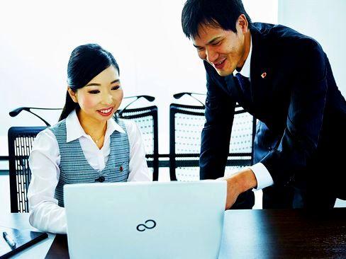 http://iishuusyoku.com/image/20~40代と若手が多い職場です。業務にはしっかり落ち着いて取り組み、社員旅行や食事会は思いっきり楽しむ♪オンオフのメリハリがしっかりとある社風が魅力です。