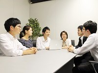 http://iishuusyoku.com/image/チーム目標を意識したリーダーシップ行動を身につけることを目的とした「リーダー層育成研修」など、研修も盛んです!