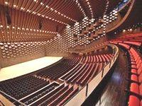 創業の翌年には舞台機構の製造をスタートし、劇場・ホール・コンベンションセンター・スタジオなど、国内トップクラスの納入実績あり!