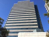 オフィスは人気エリアの横浜市のタワービル!社内から見える景色も絶景です☆