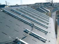 https://iishuusyoku.com/image/架台メーカー歴45年の実績!陸屋根・傾斜屋根・狭小屋根はモチロン、屋根以外のありとあらゆる場所に設置可能にします!