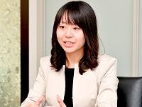 https://iishuusyoku.com/image/海外事業部では、文系出身の先輩も活躍中!女性も活躍中の職場で、若手社員の頃から世界に羽ばたいています。