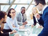 同グループは、全世界で社員を大切にする文化を持っています。同社でも社員の働きやすい環境づくりのため、さまざまな福利厚生や手当等の支給、ワークライフバランスに取り組んでいます。