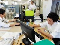 http://iishuusyoku.com/image/入社後3ヶ月間は、先輩社員とのOJT研修。先輩の営業同行を通じて、仕事を肌で感じながら覚えていただきます。